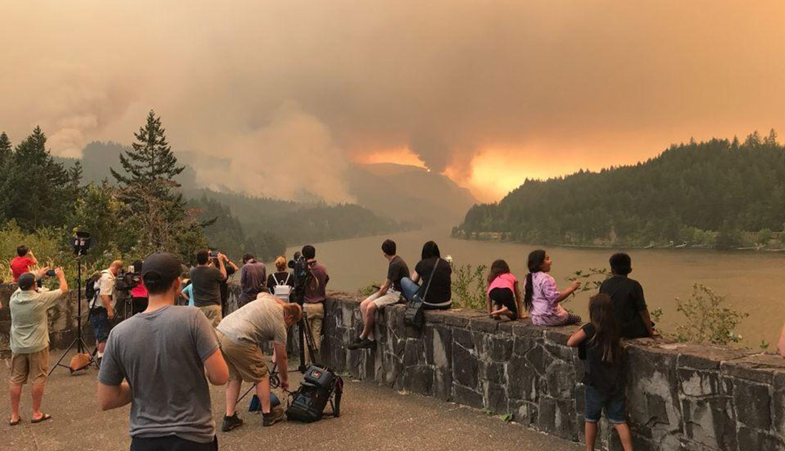 Photo of fire in Columbia River Gorge